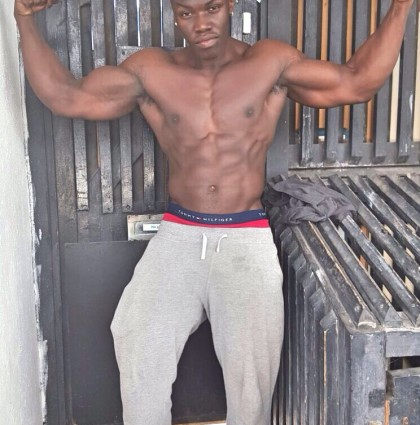 Melvin B, RIPPED Models fitness model