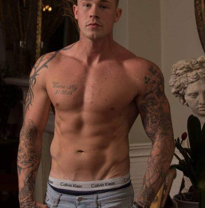 Ash T, bodybuilder