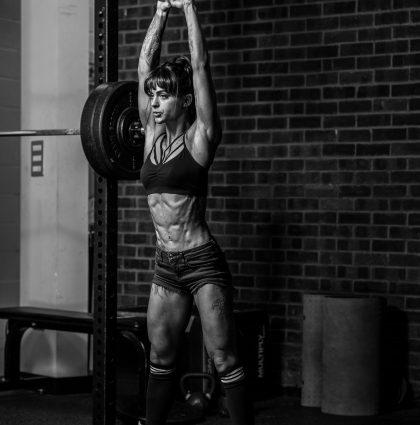 Sarah D, fitness model